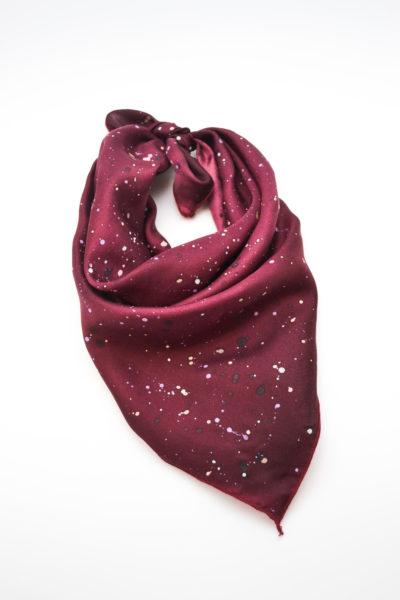 Emilie-Fourquet_foulard13_peintre-textile_blue_madone-shop